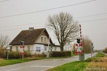 Bahnwärterhaus und Schranke Trinwillershagen